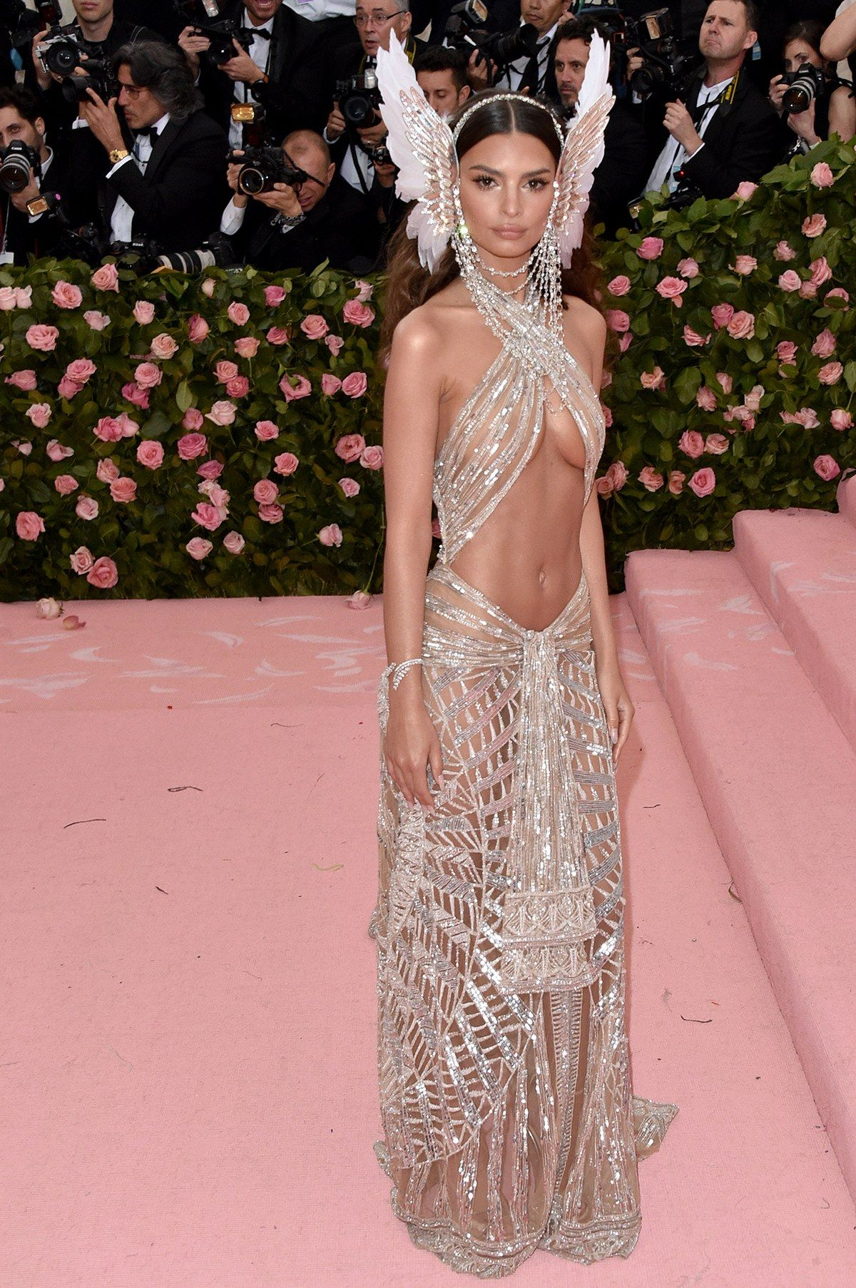 All The Looks On The Met Gala 2019 Red Carpet Met Gala Dresses Met Gala Outfits Gala Fashion