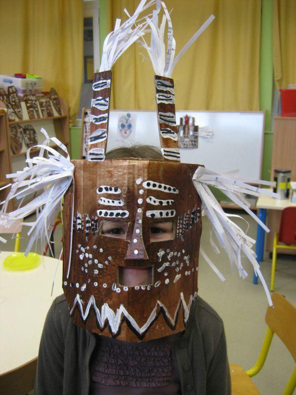 masques africains le tour de mes id es arts visuels pinterest masques africains. Black Bedroom Furniture Sets. Home Design Ideas