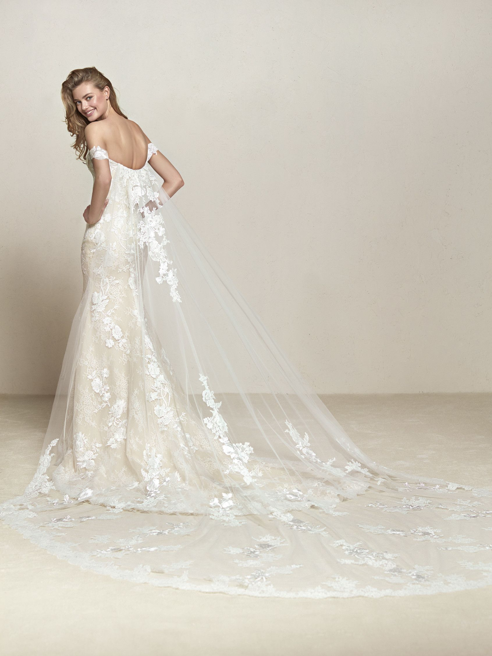 Pronovias Plinette Wedding Dress - Colchester Essex | Wedding dress ...