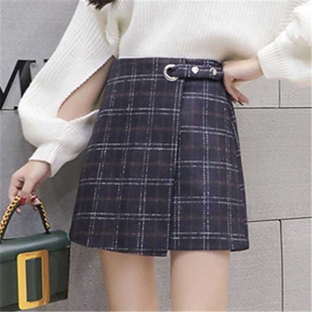 14fbdbcea 2018 Vintage Women Skirts A line Plaid Mini Skirt Female Autumn Winter High  Waist Skirt Fashion Korean Skirts Women ZY4239-in Skirts from Women's  Clothing ...