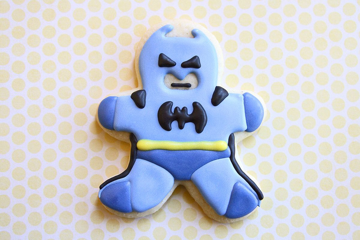 Batman / Superhero / Comic Book /  Valentines Day Gifts for Him Sugar Cookies - 1 dozen by guiltyconfections on Etsy https://www.etsy.com/listing/107792152/batman-superhero-comic-book-valentines