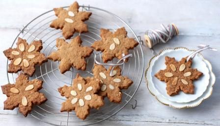 Speculaas biscuits traditional continental christmas biscuits bbc food recipes speculaas biscuits traditional continental christmas biscuits forumfinder Choice Image