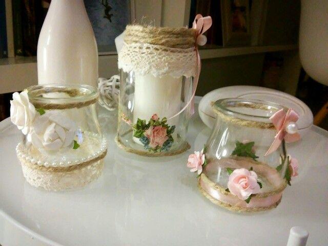Vasos de yogurt decorados con flores de papel y cuerda - Vasos para yogurt ...
