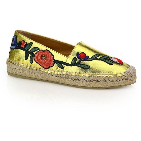 Gucci Pilar Floral-Embroidered Metallic Leather Espadrilles (1,935 PEN) ❤ liked on Polyvore featuring shoes, sandals, gucci shoes, slip-on shoes, slip on shoes, embroidered caps and espadrille sandals