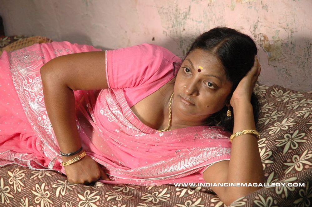 Chennai aunties nude photos-5585