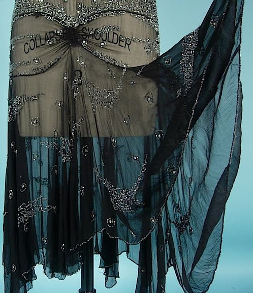 c. 1928 Black Chiffon Beaded Flapper Dress! Great Gatsby Dress. Detail
