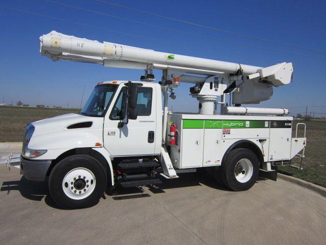 Hybrid Bucket Truck Altec L42m Buckettruck Hybridbuckettruck Altecnueco Forsale Utilitytruck Bucket Truck Trucks Cranes For Sale