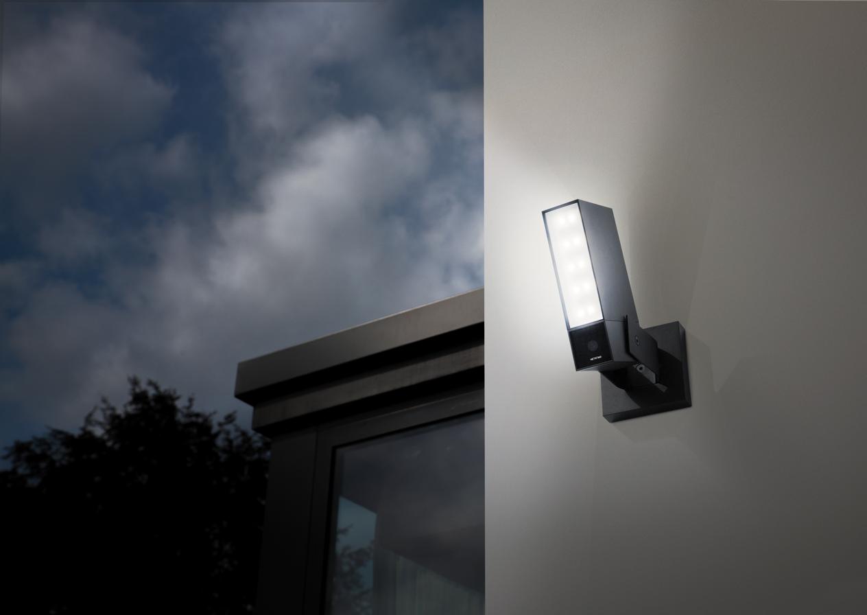 Netatmo Presence Outdoor Sicherheits Kamera Uberwachungskamera Smart Home Steuerung Und Sicherheitssysteme