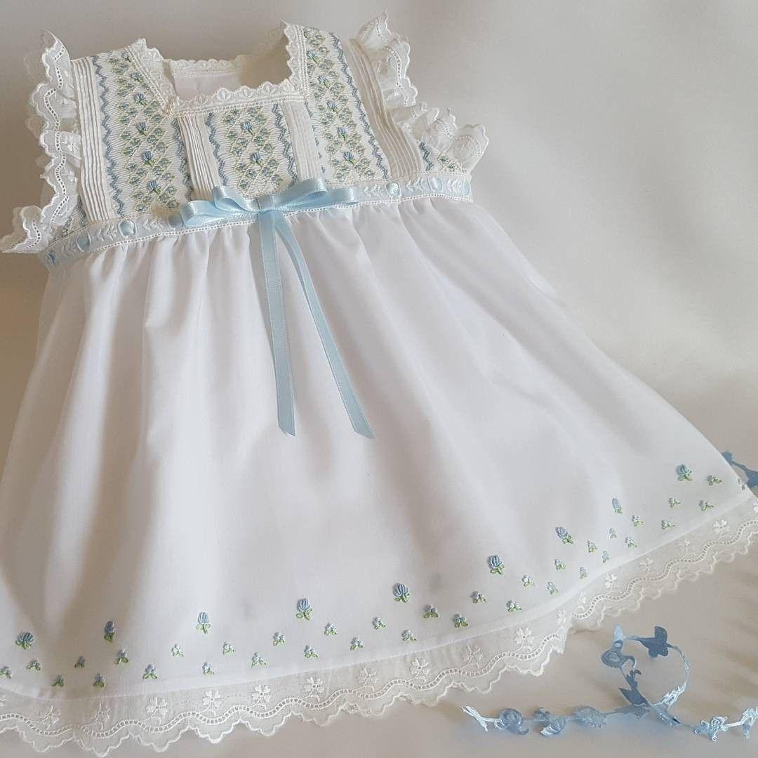Vestido punto smock | costura vestidos de niña | Pinterest | Puntos ...