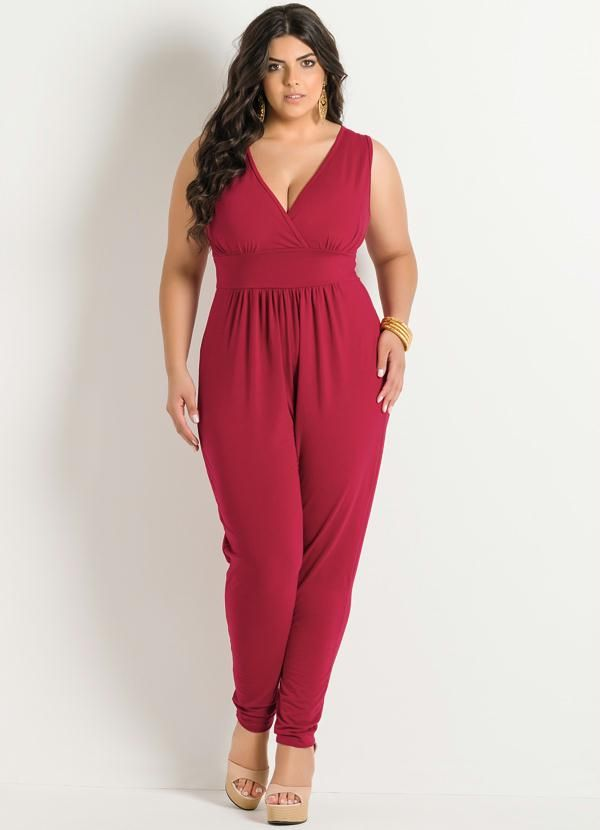 1563ab354 Macacão Vermelho Plus Size - Posthaus | MODA PLUS SIZE | Fashion ...