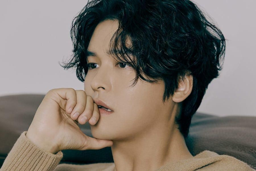 Lee Jang Woo Talks About Upcoming KBS Drama, His New YouTube Channel, And More