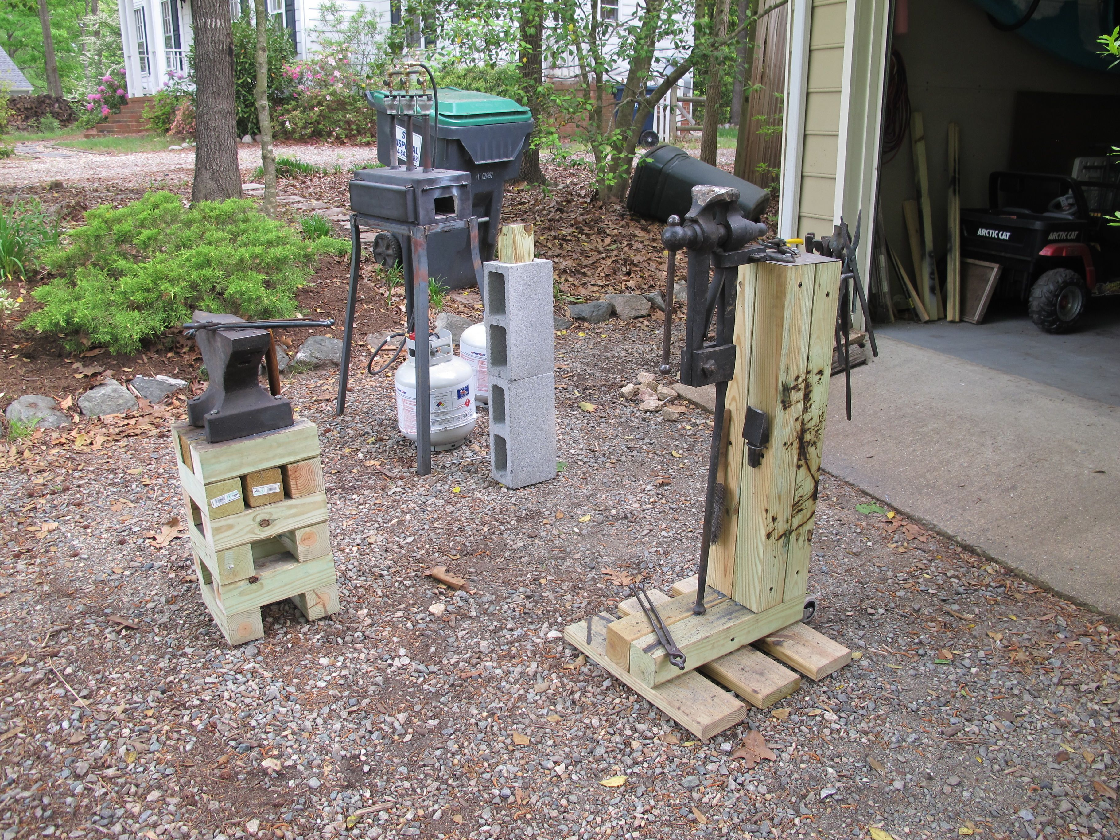Anvil And Anvil Stand Post Vise And Vise Stand Gas Forge Metal