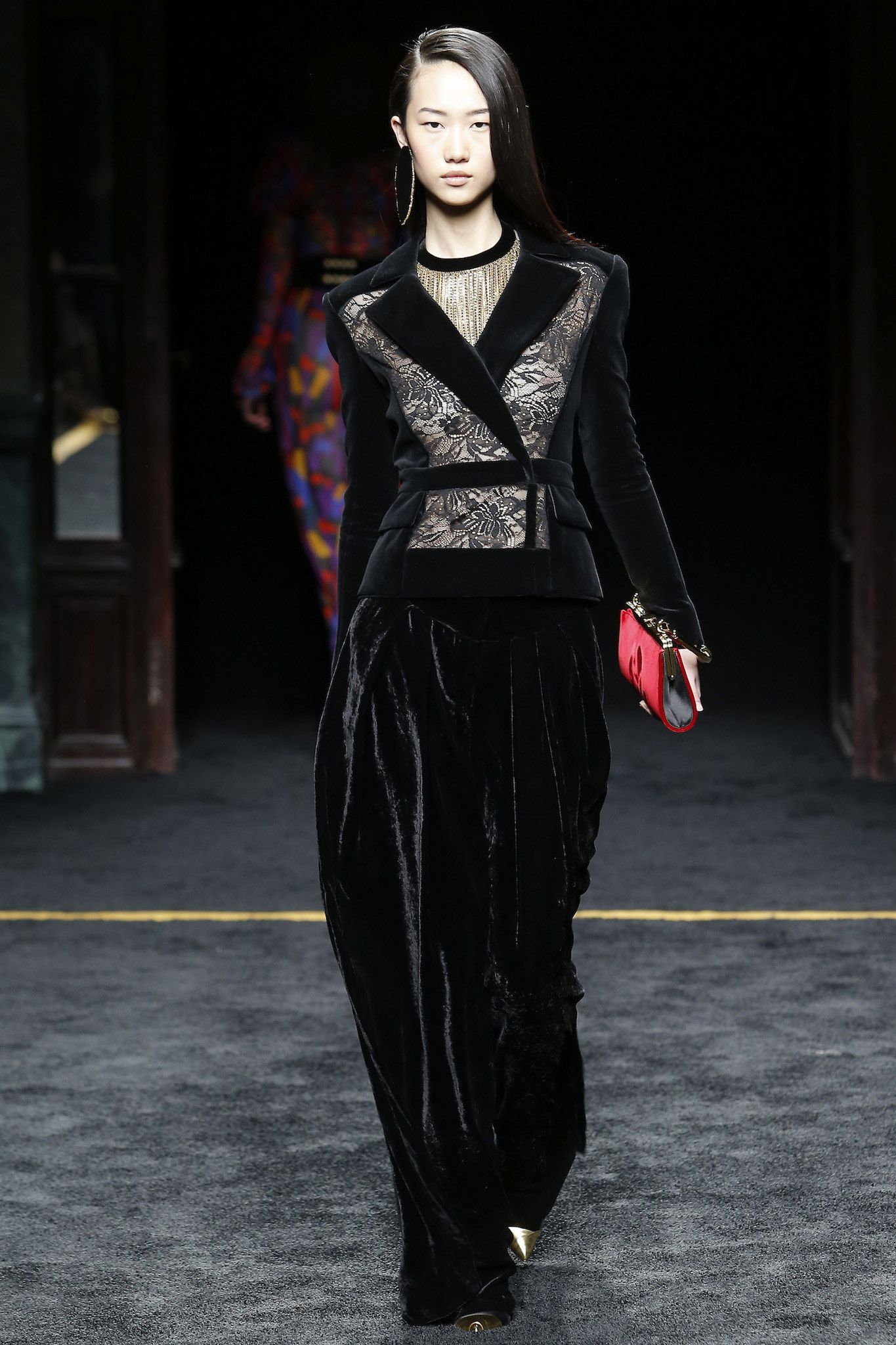 Balmain Fall 2015 Ready-to-Wear Fashion Show - Jiaye Wu