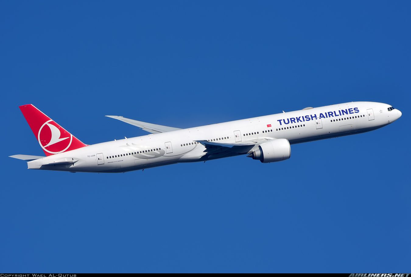 Boeing 77736N/ER Turkish Airlines Aviation Photo