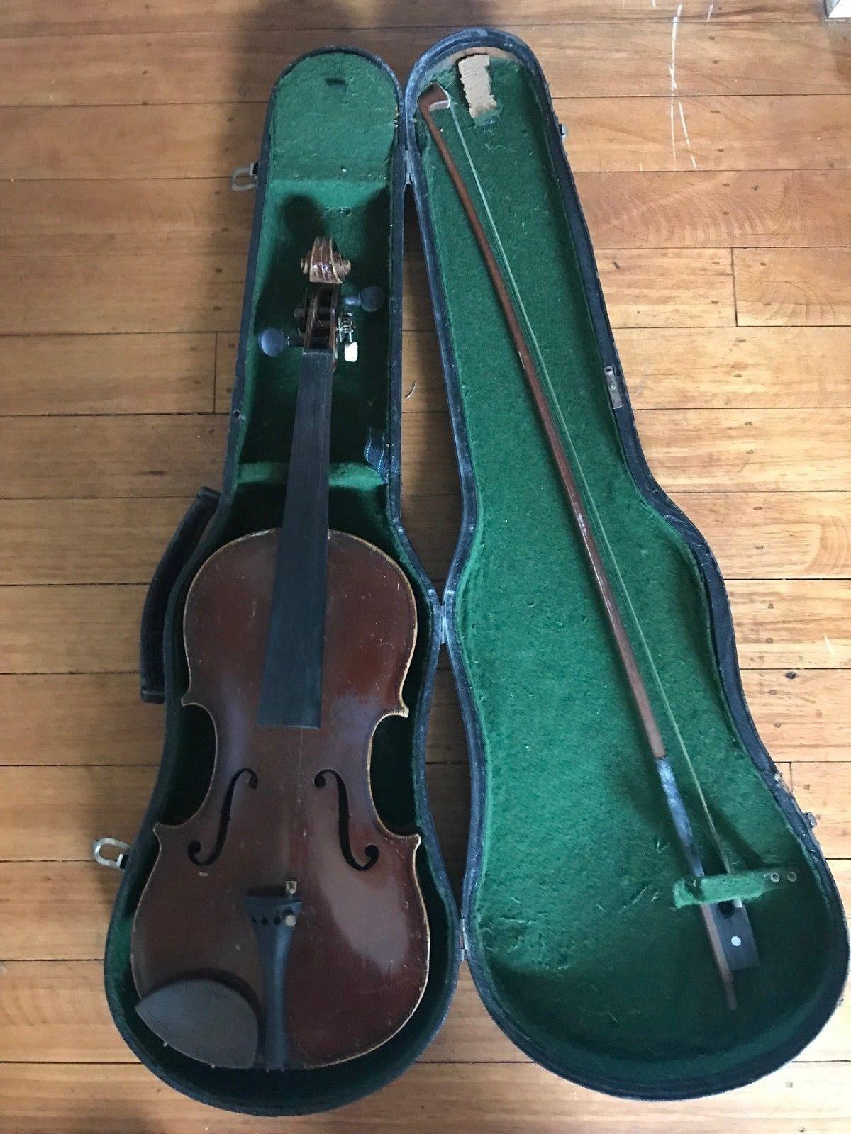 Vintage Violin Copy Antonius Stradivarius Anno 17 Czechoslovakia Parts Repair Violin Violin Violinart Vin Violin Violin Sizes Suzuki Violin
