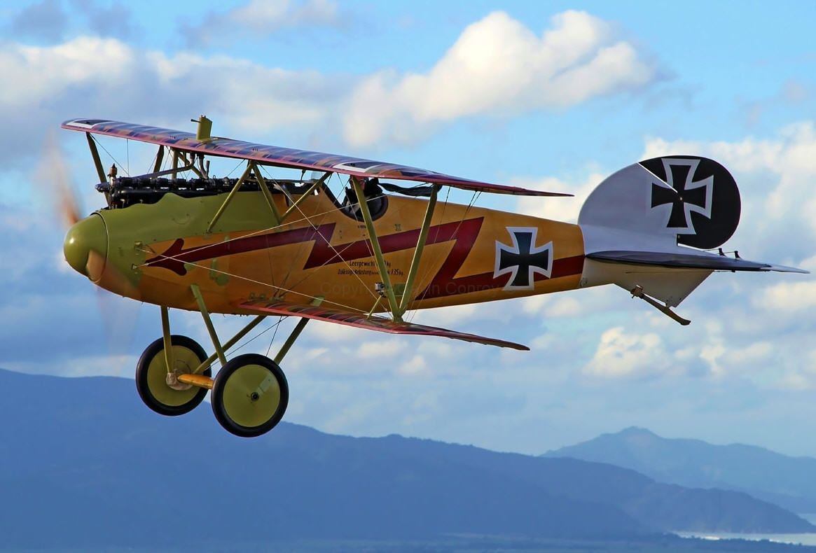 Albatros D.V, My Grandfather gave me a balsa wood model of an Albatros that he made when I was a child, I wish I still had it.