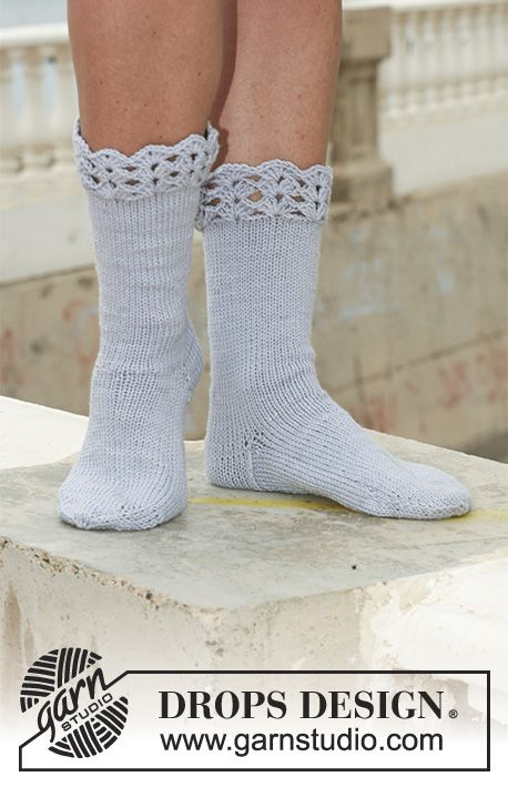 """Steel and Lace / DROPS 112-16 - Calcetines DROPS en """"Merino Extra ..."""