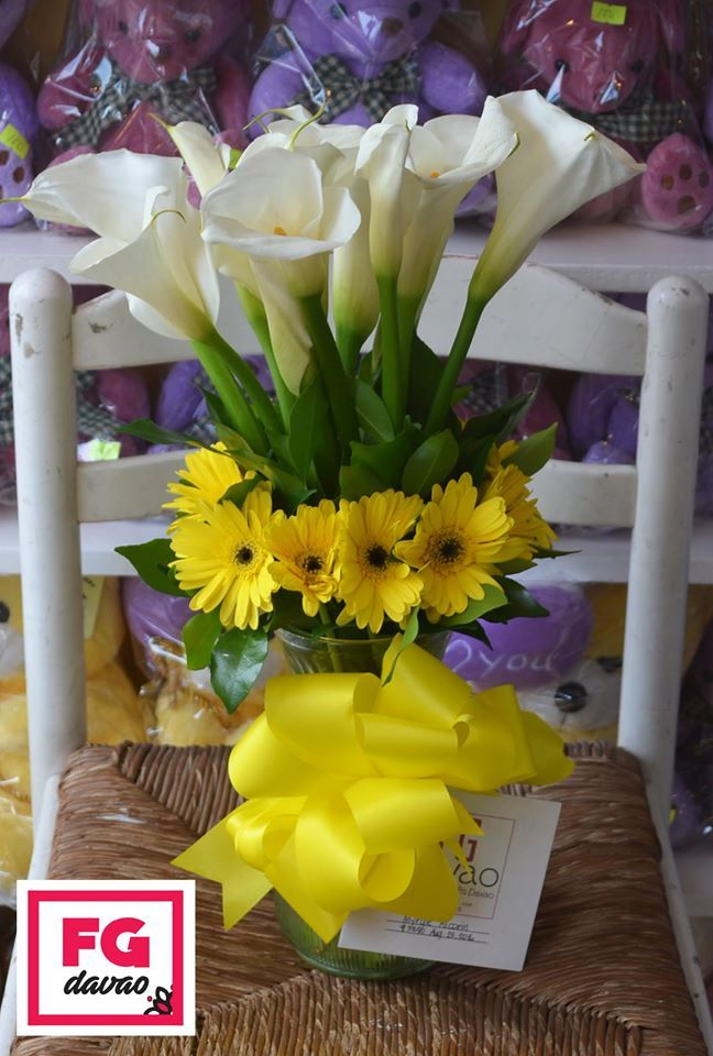 Ray of Sunshine Flowers in A Vase  Send Flowers to Davao, Philippines  123 Lopez Jaena St., Davao City FB Page - FG Davao www.FGDavao.com 0998 579 5720  #flowers #flowershop #flowerarrangements #flowerdelivery #fleurs #floral #sendflowers #giftdelivery #florist #fg #gifts #giftsdavao #giftsph #giftideas #giftitems #flowershop #giftshop #giftdelivery #davao #ph #delivery #service #fgdavao