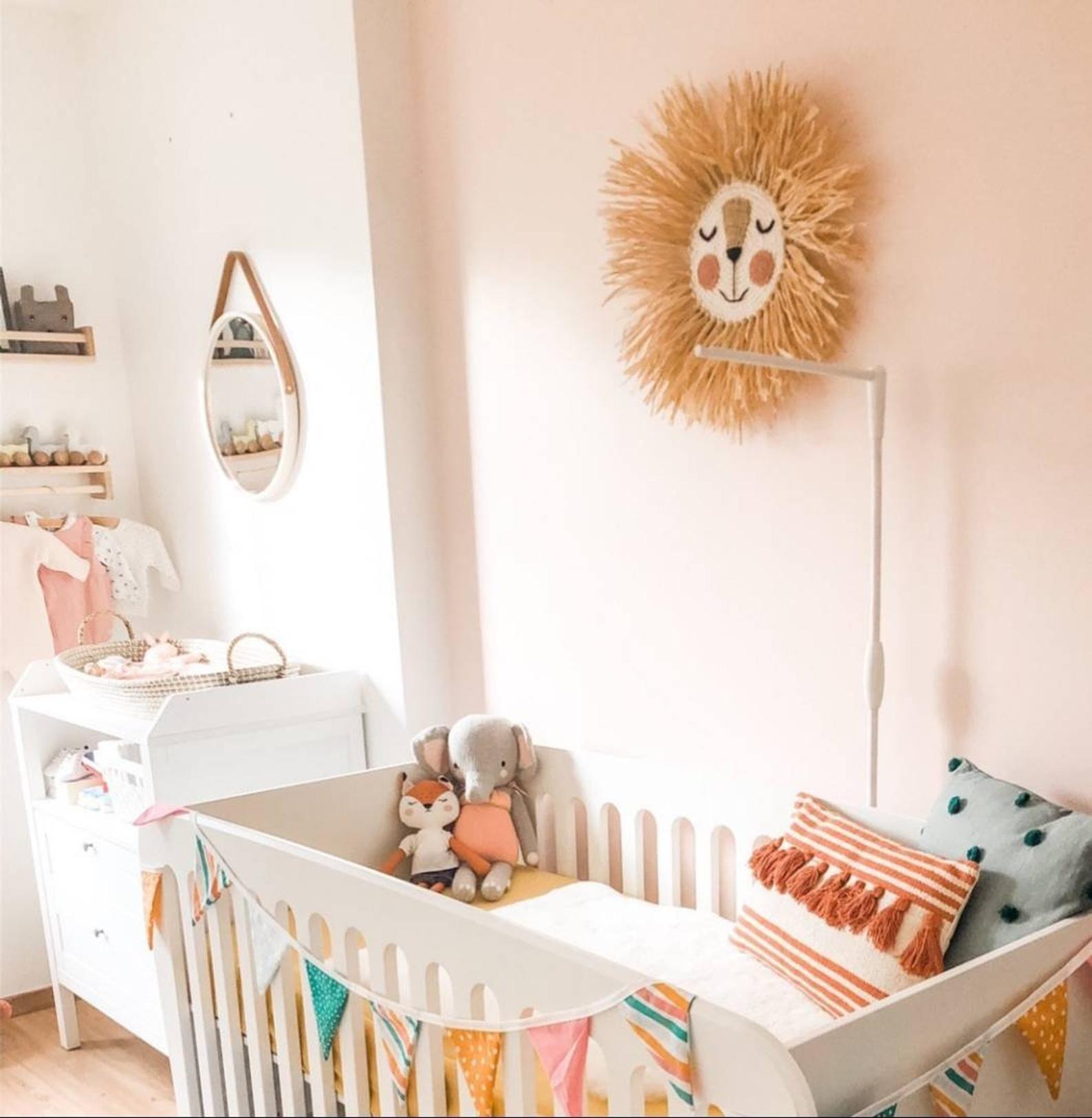 wandbugel lowe nala kinderzimmer dekoration tierkopf etsy baby room diy kids deco kidsroom decor weihnachtliche wanddekoration modern