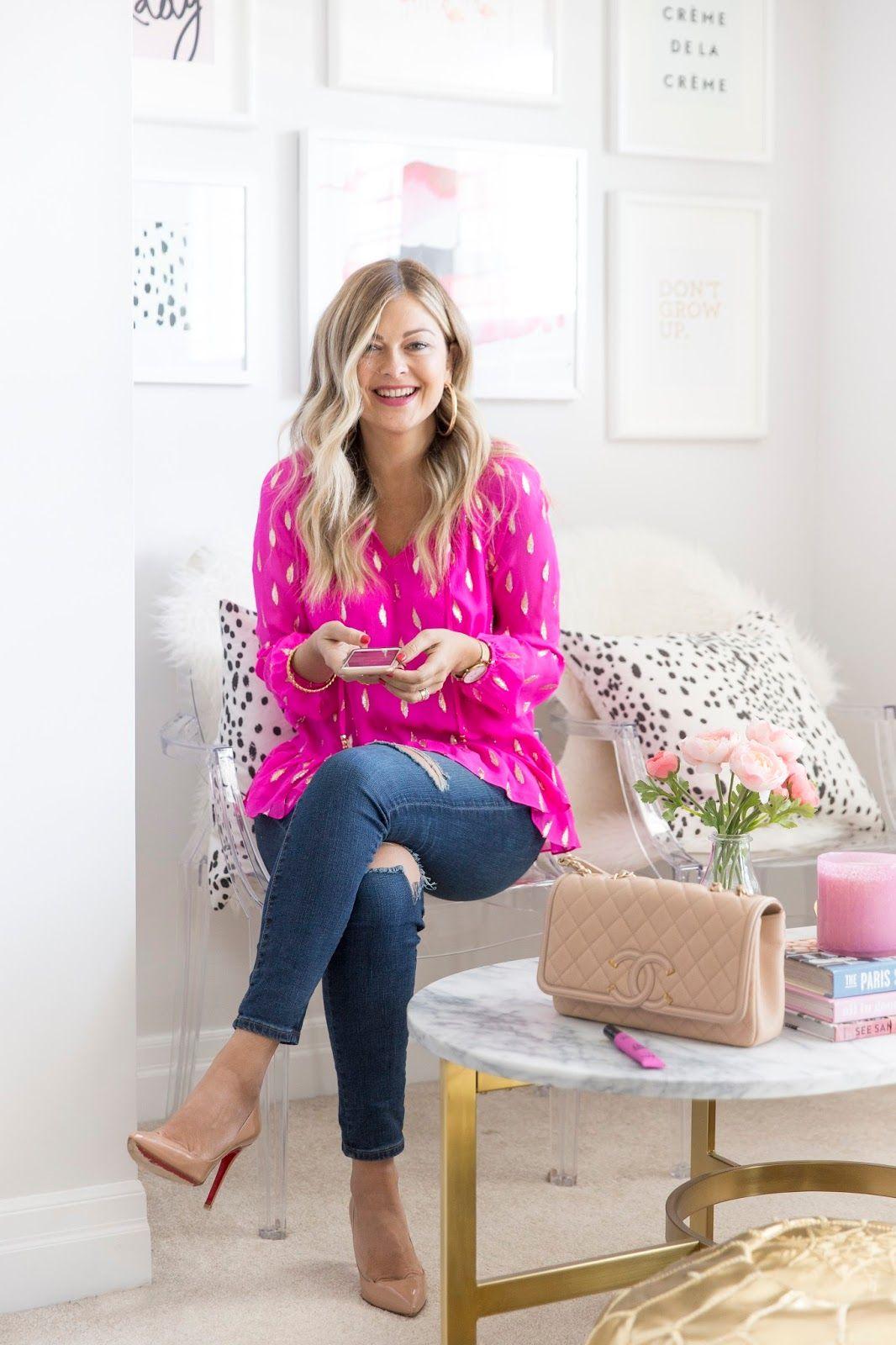 Torontobased fashion and lifestyle blogger, Krystin