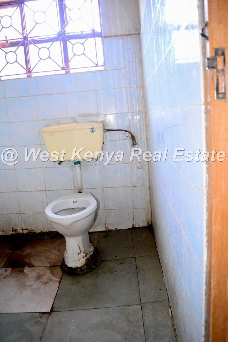 3 Bedroom House For Sale In West Indies Estate Eldoret 3 Bedroom House House Estates