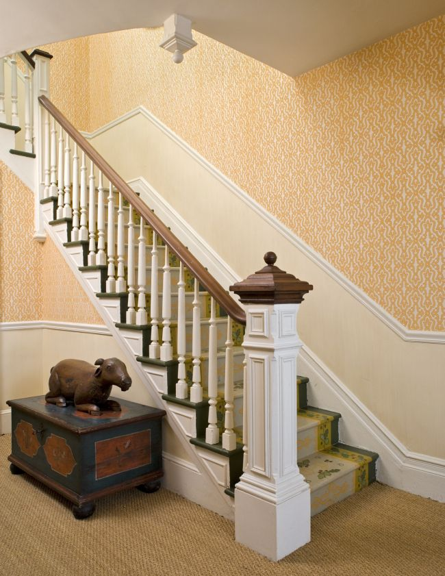 classic back stairs With images   Stairs, House design ...
