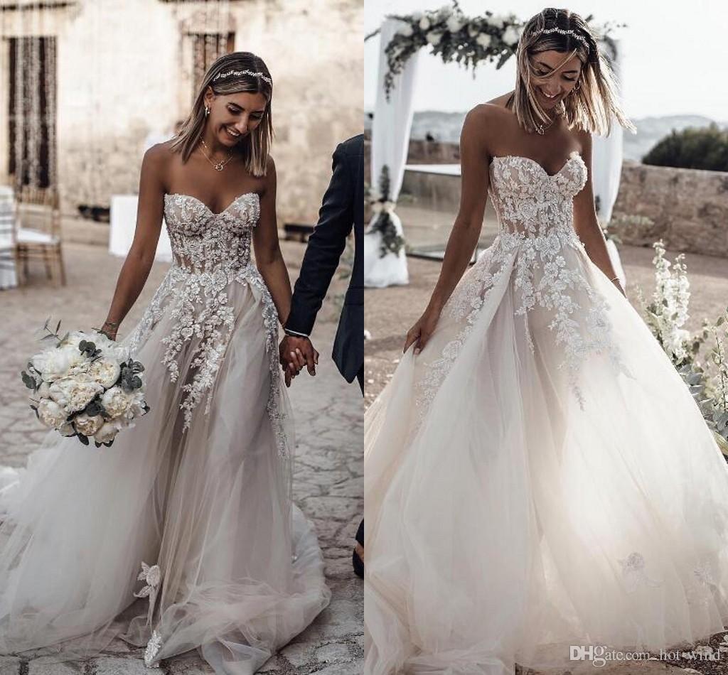 Discount 2019 Boho Summer Beach Wedding Dresses Sweetheart Lace Appliques Beach Bridal Gown Beach Wedding Dress Wedding Dress Websites Beach Wedding Dress Boho [ 950 x 1024 Pixel ]