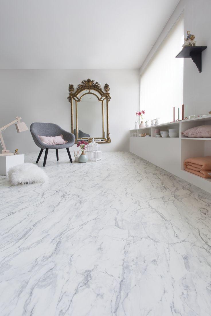 Pin by sandrine fontaine on zolderverbouwingen pinterest for Bathroom cushion floor tiles