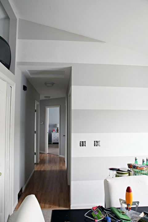 Light Greige Walls And White Horizontal Striped Back Wall Blue Ceiling