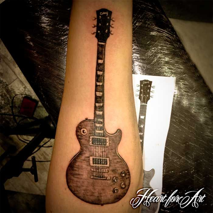 gibson les paul guitar tattoo tattoos pinterest tatouage de guitare tatouages et guitares. Black Bedroom Furniture Sets. Home Design Ideas