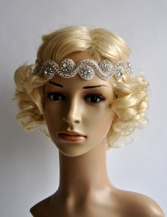 Beautiful Vintage Style flapper headband.  Perfect for a vintage inspired bride, 1920s wedding or Great Gatsby party or any special occasions.