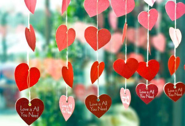 diy : inspiration st valentin des jolies guirlandes de cœurs