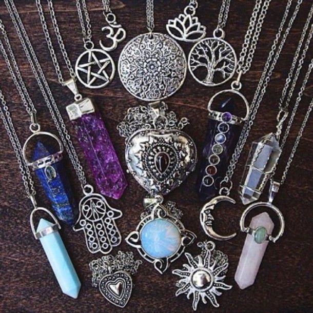 Jewels, 14£ at etsy.com - Wheretoget
