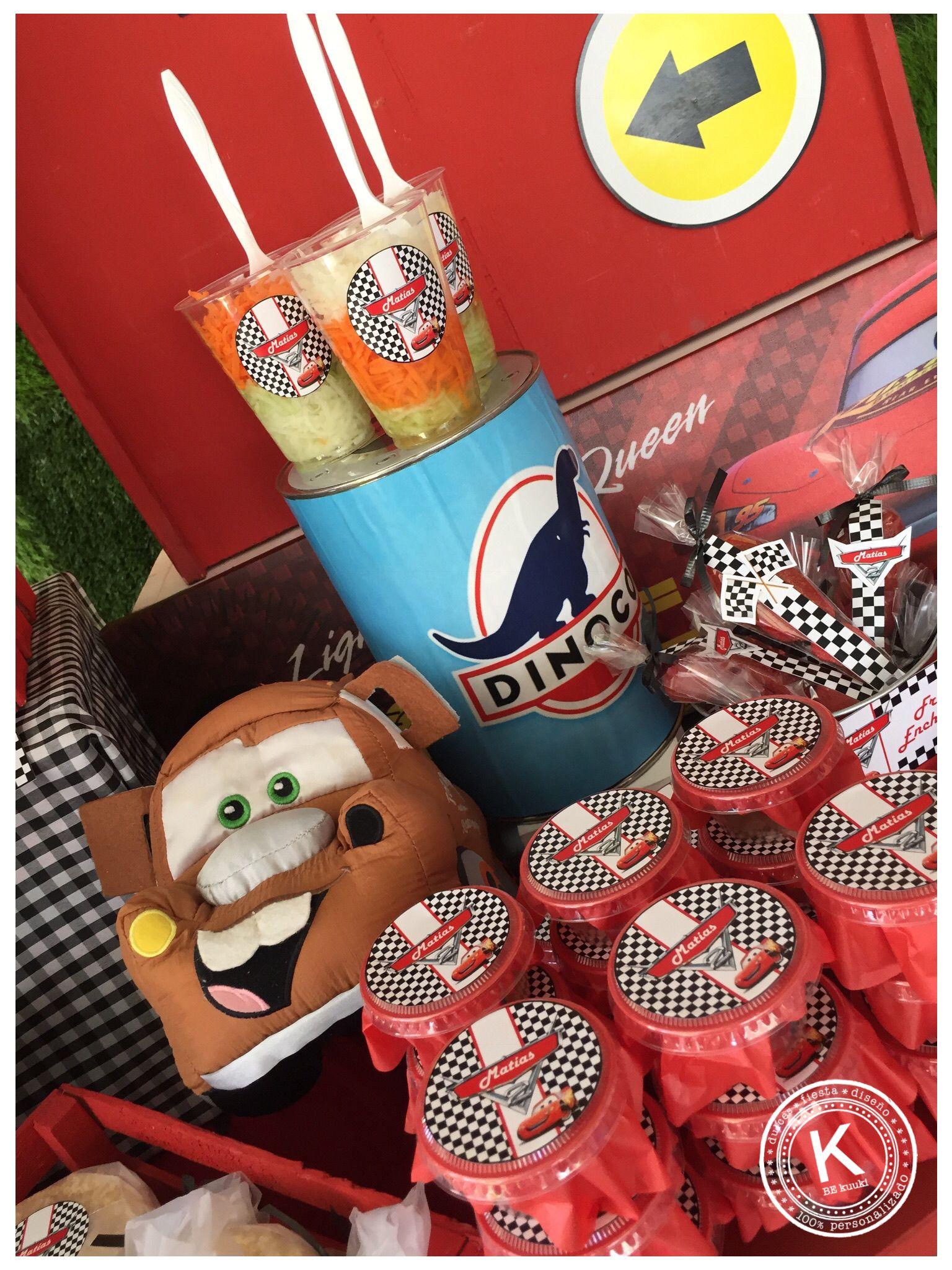 Mesa de dulces candy bar cumpleaños cars fiesta rojo y azul rayo mcqueen niños