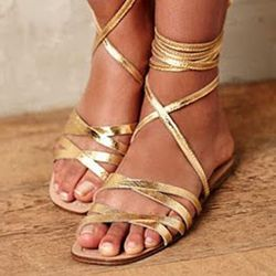 15c187e5d39 awesome Shoespie Golden Wrap Up Flat Gladiator Sandals