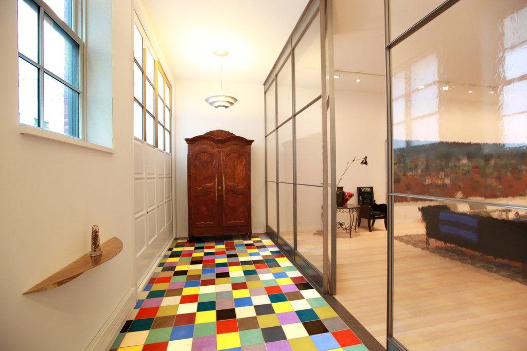 22 Jane Street - pop of color on the floor