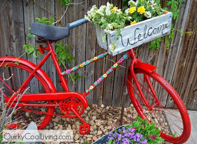 Charming Article: How To Upcycle An Old Garden Bike To Make A Beautiful Garden  Ornamental Planter. Bicycle Basket Full Of Summer Bedding