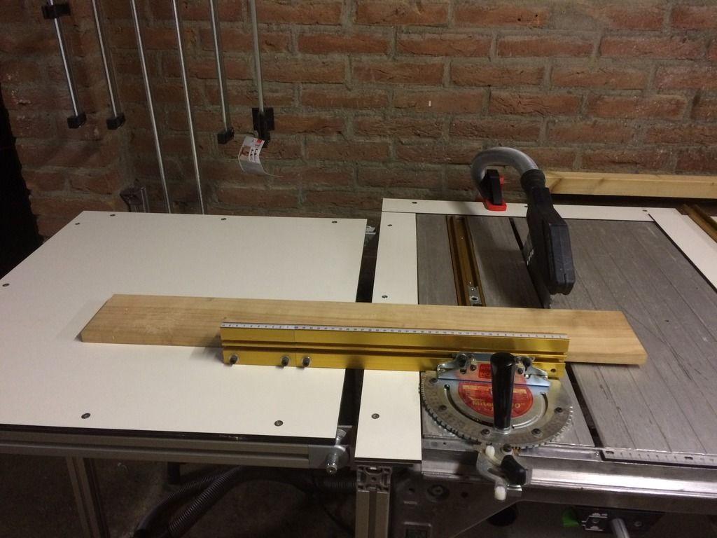 Diy saw router table with cs70 incra miter and incra ls diy saw router table with incra miter and incra ls positioner greentooth Choice Image