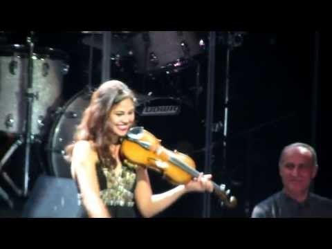 Yanni - Felitsa (Live at El Morro, Puerto Rico) HD - YouTube