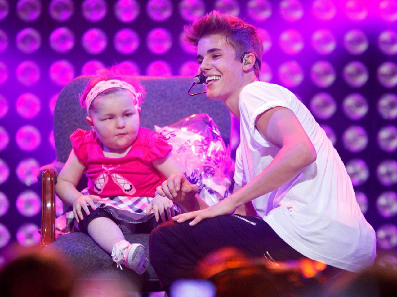 Girl befriended by Bieber loses cancer battle