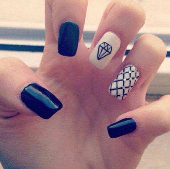 40 increíbles y divertidos diseños para lucir unas uñas en blanco