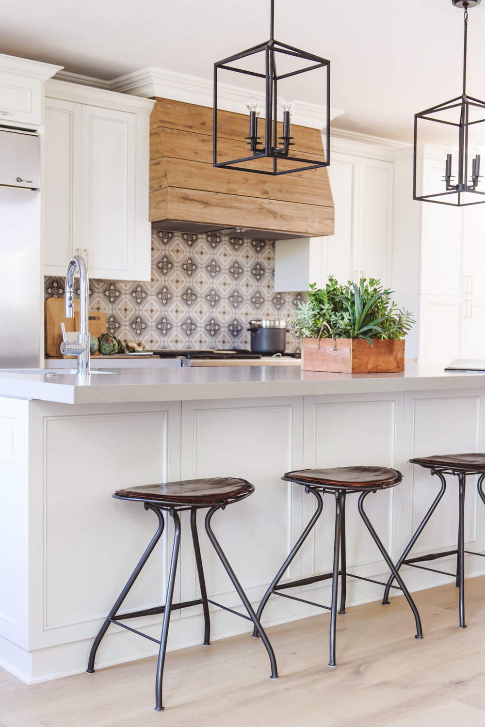 Kitchens Savvy Interiors With Images Kitchen Remodel Small