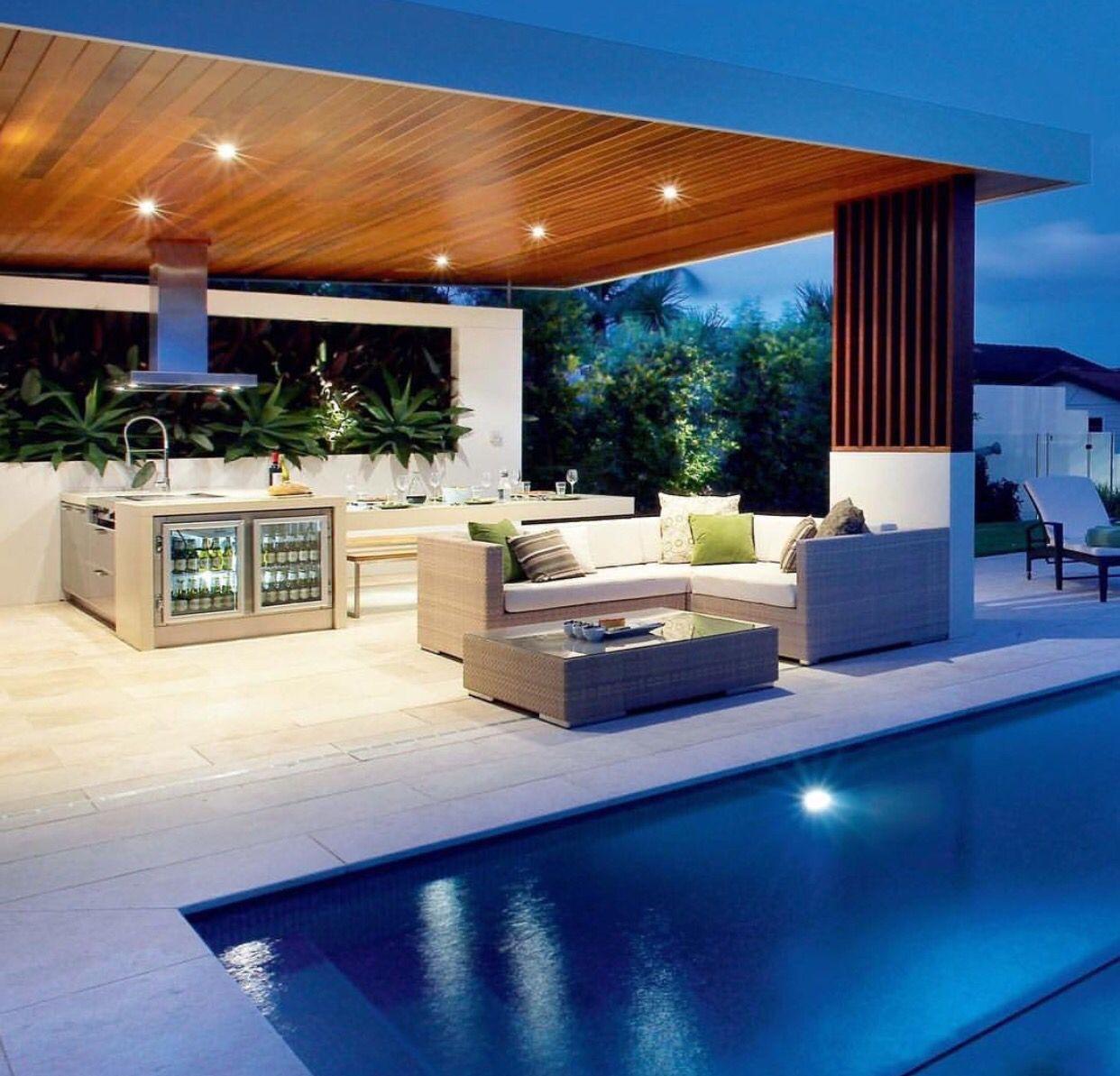 Outdoor kitchen outdoor kitchens techos para terrazas cocina exterior casas con piscina - Casa con piscina ...
