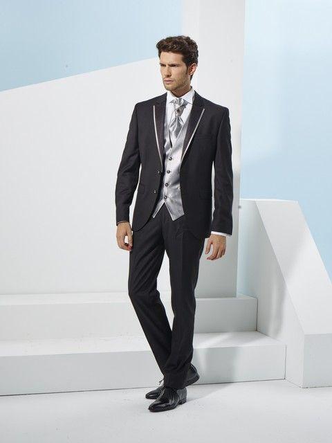 f12e1b736076 Pánsky svadobný oblek svadobný salón valery