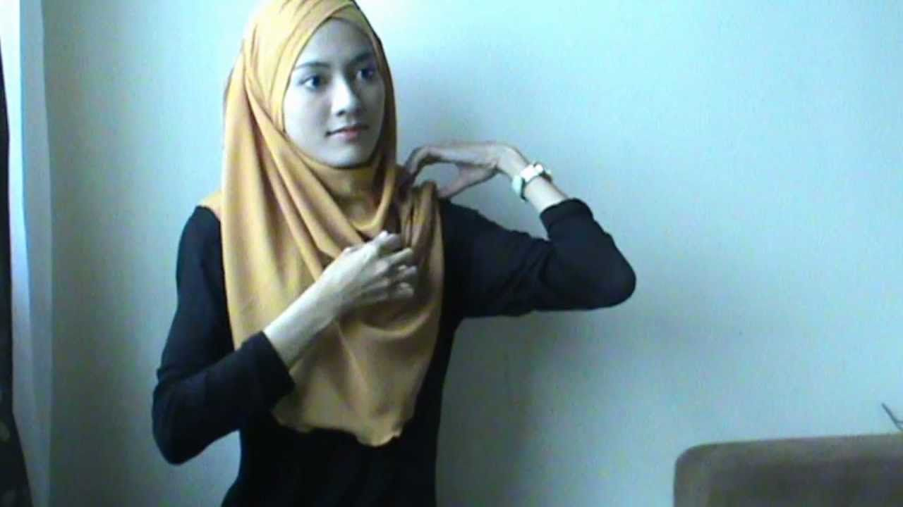 Shawlbyvsnow : Hijab Tutorial, Turban Inspired, via YouTube.