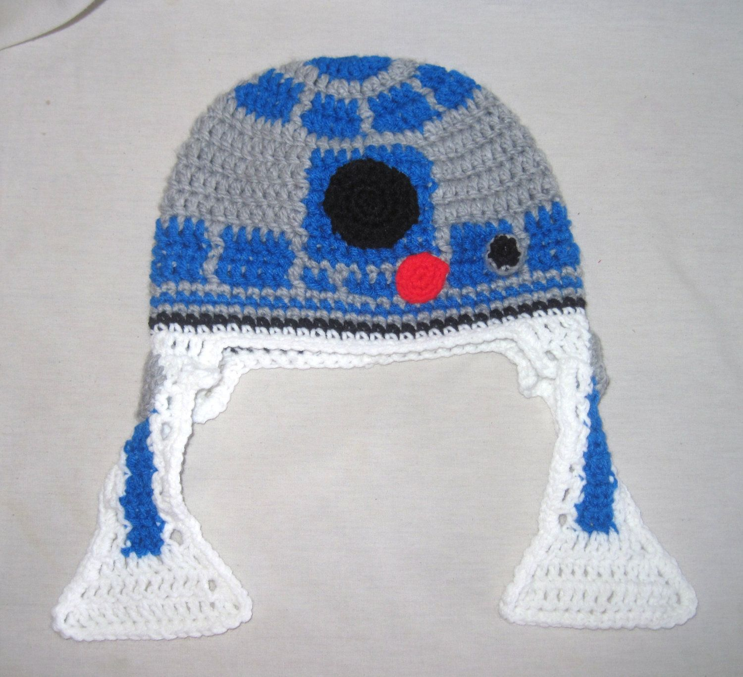 R2D2 Crochet Hat with Ear Flaps. $30.00, via Etsy. | Knit Whit Geek ...