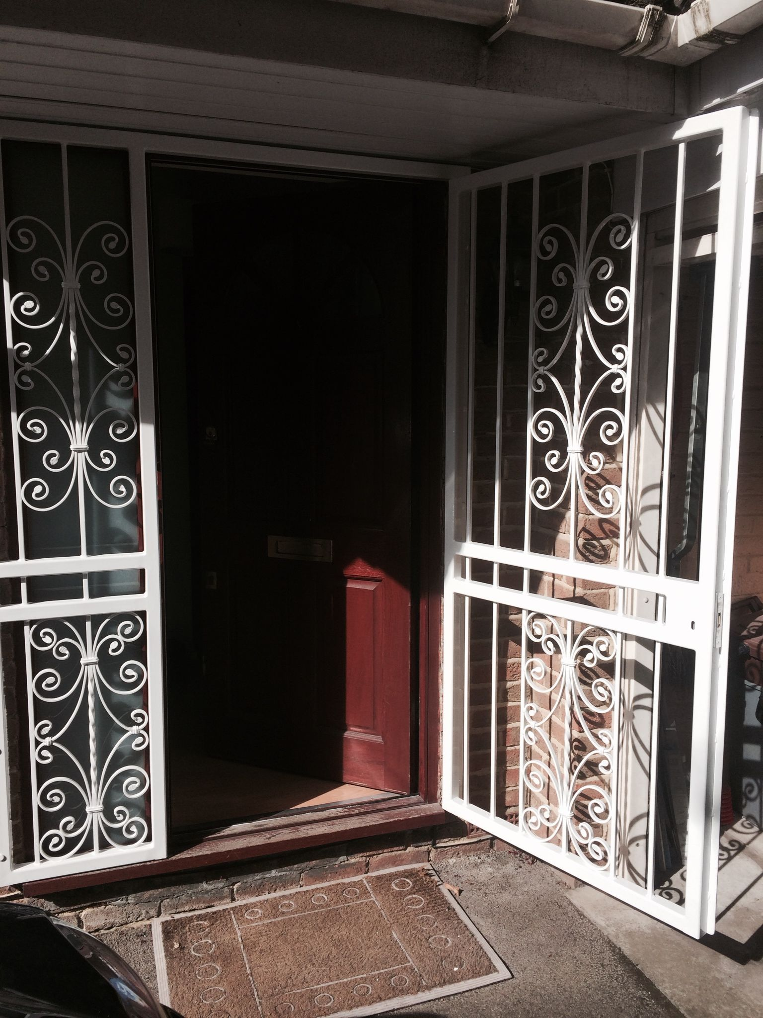 RSG3000 security door gate fitted to the main door of a