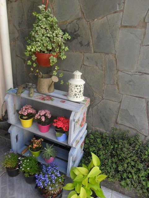 20 ideas para decorar cajas de madera recicladas patio - Como decorar cajas de madera de fruta ...