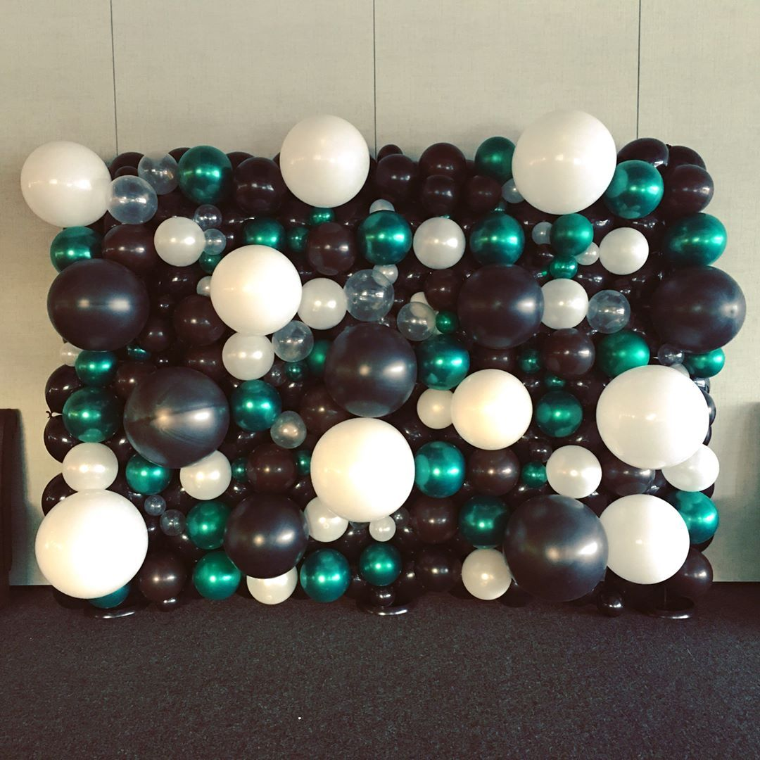 Green Brown White And Black Balloon Wall For A Camouflage Theme Party Balloonwall C White Party Decorations Black And White Balloons Black Party Decorations