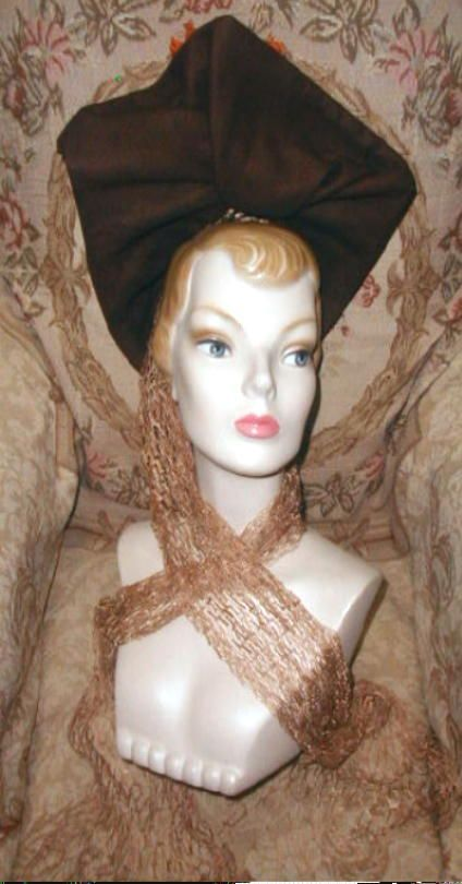 VAMP 1940s HIGH FRONT HAT French Felt w Ostrich Plumes,Net Scarf, John Frederics…